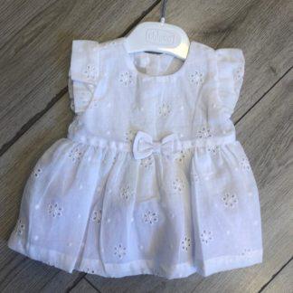 שמלה לבנה חגיגית לתינוקת