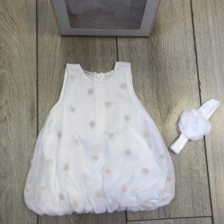 שמלה לבנה מנופחת לתינוקת